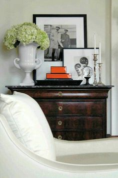 A Thoughtful Place: Five Ways to Hang Art Above a Console Table Decor, House Design, Room, Home Accessories, Interior, Table Style, Home Decor, House Interior, Interior Design