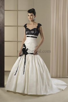 Venus AT4515, $400 Size: 12 | New (Un-Altered) Wedding Dresses