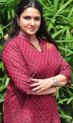 Sukanya - Lovely Indian Sub-Continent - Bikini Beautiful Women Over 40, Beautiful Girl Indian, Most Beautiful Indian Actress, Beautiful Actresses, Beautiful Saree, Indian Actress Pics, South Indian Actress, Indian Actresses, Tamil Actress
