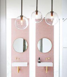 "205 Likes, 2 Comments - ELLE Decoration (@elledecoration_nl) on Instagram: ""Pretty in pink. Ook voor je badkamer is roze een goed idee. #EDloves #pink #bathroom #tiles…"""