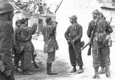 Free french soliders take german pows