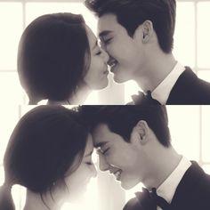 Lee Jong Suk and Park Shin Hye's Pinocchio stills look like real wedding photos