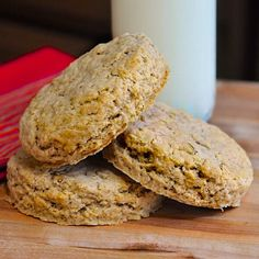 Old Fashioned Oatcakes. Perfect for quick breakfasts or packed lunches, these old fashioned oatcakes can be made plain or with lightly spiced flavour.
