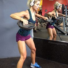 Real workout plans for real women wanting to see real results! Check out this health & fitness blog.