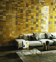 Behind the glass surface of this wall lies the preciousness of our gold pattern. Discover our innovative Vetrite. Barbie Furniture, Vintage Furniture, 2018 Interior Design Trends, Sicis Mosaic, Interior Styling, Interior Decorating, Behind The Glass, Barbie House, Surface Design