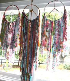 Of course the final touch to a bohemian wedding -) added touch of colourful no nuke dreamcatchers /you can never have enough of these around at your ceremony love
