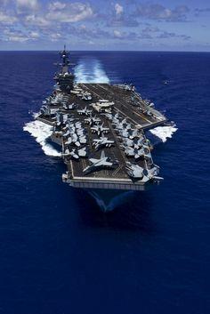 150531-N-GW139-281.JPG (2111×3166) Aircraft carrier USS Carl Vinson (CVN 70) transits the Pacific Ocean.