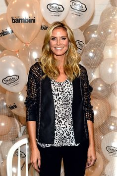 """Fashion model Heidi Klum says her NY #office is, """"... more traditional, I would say. I have one gigantic #desk and one gigantic computer—and papers everywhere."""" Hopefully her #desk is big enough for all of her projects."""