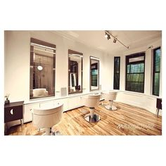 "O&M CRUSH: @Mauricio Zuardi Zuardi Hair ""Premium Organic Hair Care"", New York, NY. To make a booking call 212 532 3030. #home#hair#salon"