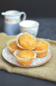 Tapas, Snack Recipes, Snacks, Canapes, Empanadas, Camembert Cheese, Muffins, Chips, Cooking