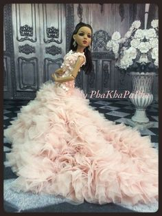 PKPP 832 Tonner Ellowyne Wilde Princess Lace Gown Dress Outfit Dolls 16"