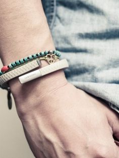 The UP fitness and lifestyle wristband on fashionsouq.com