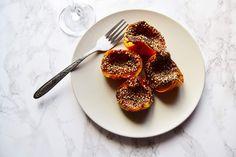 Courges mini, grains de chia et sésame.  #amuse-bouche #végétarien #vegan #automne