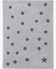 This charming rug, which is ideal for playing or relaxing on, will add a touch of warmth and gentleness to your child's bedroom. SIZE: Star rug x 133 cm. Star rug in pure tufted cotton. Carpet Decor, Diy Carpet, Modern Carpet, Shaw Carpet, Beige Carpet, Inexpensive Furniture, Cheap Furniture, Furniture Nyc, Furniture Stores