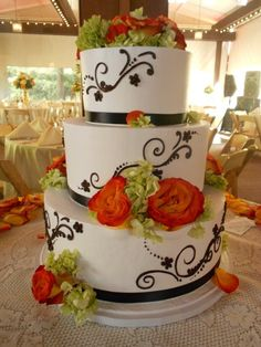 Rustic Brown Green Orange White Buttercream Country Club Flowers Ribbon Round Summer Wedding Cake Wedding Cakes Photos & Pictures - WeddingWire.com
