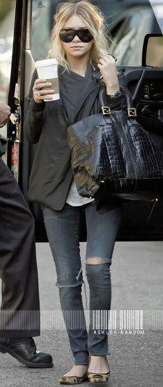 Olsen twin fashion. #eastcoast #nyc