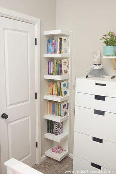 Having a bookshelf is good. Having a cute bookshelf decor is better. Here we listed 17 bookshelf decor ideas to help you make an interesting bookshelf Kids Bedroom Storage, Room Ideas Bedroom, Small Room Bedroom, Girls Bedroom, Small Rooms, Diy Bedroom, Bedroom Organization, Small Spaces, Organization Ideas