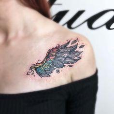 #göğüsüstüdövmesi #colorwingtattoo #chesttattoo #womenchesttattoo Inked Magazine, Chest Tattoo, Watercolor Tattoo, Tattoos, Artist, Instagram, Tatuajes, Tattoo, Artists