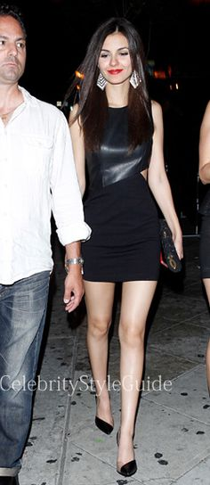 Victoria Justice Style & Fashion: Black Leather Cut-Out Mini Dress Look For Less! She Is Gorgeous, Beautiful Friend, Beautiful Legs, Gorgeous Women, Beautiful People, Celebrity Style Guide, Celebrity Stars, Celeb Style, Victoria Justice Style