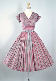Vintage 50s Dress / 1950s Cotton Belted Sundress Pam Rogers BURGUNDY GRAY…
