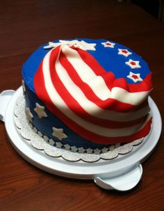 4th of July 2011 Buttercream with fondant flag and accents