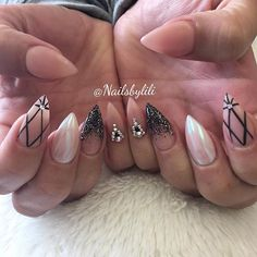 Lovely set of nails! Inspired by @getbuffednails ✨