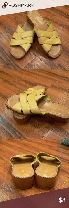 """naturalizer sandals Gently worn, leather upper, balance man made, """"RISCO"""" style. Size 8 M, straps are a light green color with a hint of yellow. Some scuff marks on straps, and buffered soles, but in overall sturdy condition.  Thanks for looking! Naturalizer Shoes Sandals"""