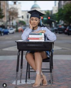 Rn Graduation Pictures, Graduation Look, Graduation Picture Poses, College Graduation Pictures, Graduation Photoshoot, Grad Pics, Graduation Ideas, Senior Pics, Senior Year
