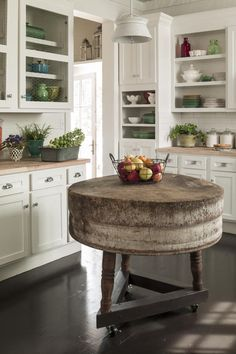 12 Ways to Update Your Kitchen: Mobile Kitchen Island for Extra Workspace