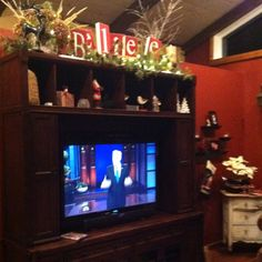christmas entertainment center - Entertainment Center Christmas Decorating Ideas