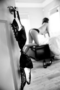 like the lingerie on the door....would do this with a different pose but very cool