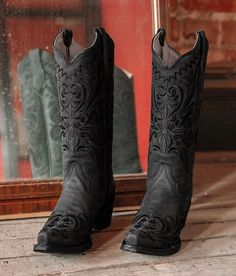 Circle g by corral filigree leather western boot women s shoes in ld black buckle frye shoes frye cowboy boots color black size 7 5 Black Cowgirl Boots, Cowboy Boots Women, Black Boots, Women's Western Boots, Outfits With Cowgirl Boots, Country Boots, Grunge, Square Toe Boots, Shoe Boots