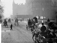 - Horse drawn carriages proceed down the Euston Road. St Pancras Station can be seen on the right hand side. Victorian Life, Victorian London, Vintage London, Old London, London History, British History, Baker Street, Old Pictures, Old Photos