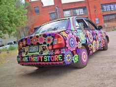 A Yarn-bombed Car That Will Make You Smile – Look At What I Made