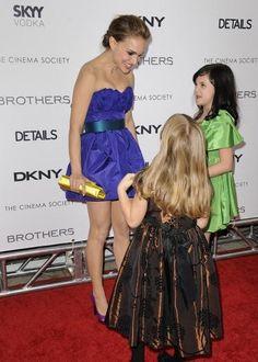 MagTag - Celebrities Under Looking Larger than Life Short Celebrities, Strapless Dress Formal, Formal Dresses, Natalie Portman, Kylie Minogue, Powerful Women, Red Carpet, Cinema, Singer