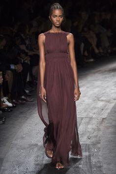 Valentino Spring 2016 Ready-to-Wear Fashion Show - Cameron Traiber (Supreme)