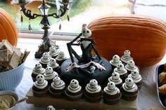 Jack Skellington cake and cupcakes — Halloween