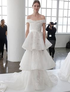 Amazing The Biggest Wedding Dress Trends From Spring Bridal Fashion Week Trendy Tiers Marchesa