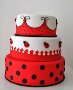 : BOLO CENOGRÁFICO TEMA JOANINHA Ballerina Birthday Parties, Adult Birthday Cakes, Barbie Birthday, Moustache Cake, Miraculous Ladybug Party, Ladybug Cakes, Jungle Cake, Wilton Cake Decorating, Bday Girl