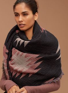 Wilfred ARROWHEAD BLANKET in COLOUR: VAGABOND | Aritzia