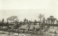 1930 lar  #Mersin Belediye bahçesi ....Sahil dolgu öncesi Cumhuriyet alanı kültür merkezi önünde mevcut idi... Kaynak : Aydın Sevim