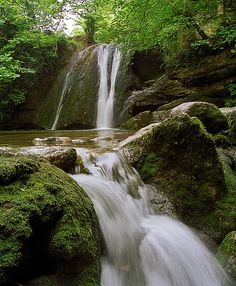 Janet's Foss waterfalls near Malham Tarn, Yorkshire, are said to be named after a fairy queen, Jennet, who inhabited the falls. Beautiful Waterfalls, Beautiful Landscapes, Uk Landscapes, Beautiful World, Beautiful Places, Places To See, Great Places, Nature Sauvage, Yorkshire Dales