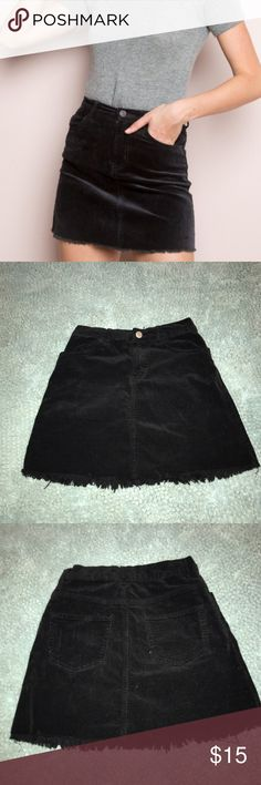Brandy Melville Juliette Skirt only used once so basically brand new , I am a size 4 and it fits good on me! Please no lowballing Brandy Melville Skirts