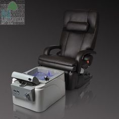 . This pedicure spa can be used as a mobile portable spa that can be moved freely from one workstation to another, then simply roll the Taizen to a sink and fill with water using the supply hose.