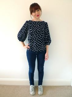 Sewing Bee Souvenir Blouse, loving the polka dot Matilde by Tilly and the Buttons!! #sewing #tillyandthebuttons