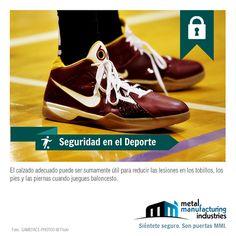 Recuerda que utilizar el tipo de calzado adecuado al deporte que practicas puede ser sumamente útil para reducir las lesiones en los tobillos, los pies y las piernas. #SeguridadDeportiva