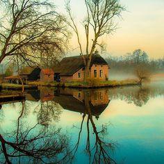 Reflection....#dwarsgracht by jeanpaulbardelot