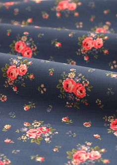 Vintage blue cotton fabric - Pink roses on blue