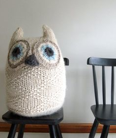 Whit's Knits: Big Snowy Owl knitting pattern from the purl bee. Purl Bee, Owl Knitting Pattern, Free Knitting, Easy Knitting Projects, Crochet Projects, Sewing Projects, Knitted Owl, Knit Crochet, Knitted Baby