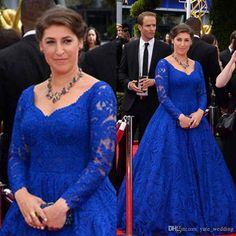 Prepare the chiffon prom dresses for the upcoming prom? Then you need to see  2015 plus size prom dresses with sweetheart long sleeves floor length lace royal blue plus size red carpet celebrity evening gowns v back in yate_wedding and other dress long and fishtail prom dresses on DHgate.com.